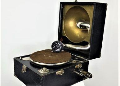 Objets de décoration - Phonographe dans sa valise - JD PRODUCTION - JD CO MARINE
