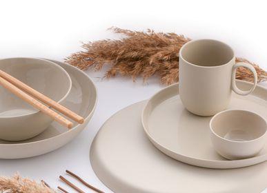 Assiettes de réception - Ensemble d'assiettes rondes en porcelaine à la main  - FIOVE ARTISANAL