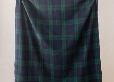 Plaids - Couverture en laine recyclée en tartan noir - THE TARTAN BLANKET CO.