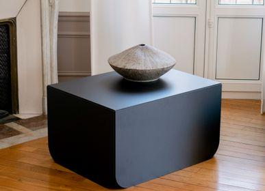 Console table - Presentation Stele Basalt collection. - MANUFACTURE XXI