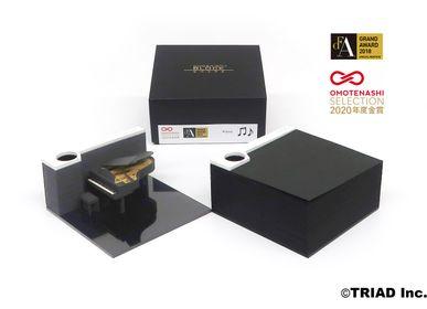 Objets design - piano SHAPE - OMOSHIROI BLOCK
