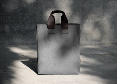 Bags and totes - labrador : Bags and Totes collection - LABRADOR