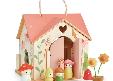 Toys - Tender Leaf Dolls House: COTTAGE 'ROSEWOOD' 42x40x31cm, with carrying handle  and accessories, in wood, in box 42,2x8x27,5cm, 3+ - TENDER LEAF