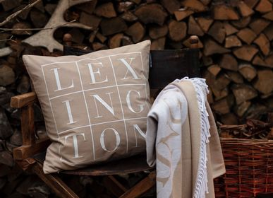 Throw blankets - Icons 2021 Throws and Blanket  - LEXINGTON COMPANY