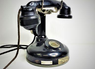 Decorative objects - Téléphone colonne en bakélite. - JD PRODUCTION - JD CO MARINE