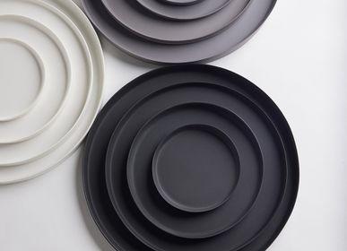 Assiettes au quotidien - Ripple Tray (4 sizes) - 3,CO