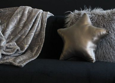 Throw blankets - BLANKET WITH GOLDEN MOTIFS. - PETIT ALO
