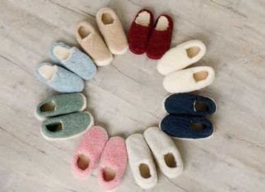 Chaussures - Chaussons d'intérieur en laine - SHEEP BY THE SEA