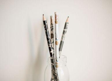 Pens and pencils - Pencil - POUSSIÈRE DES RUES