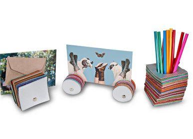 Cadeaux - PORTE-LETTRES / PORTE-PHOTOS MILLEFEUILLE - BANDIT MANCHOT