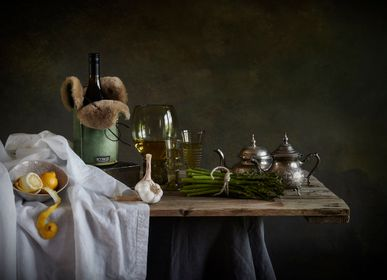 Gifts - MAGNUM BOTTLE HOLDER or tote made of sheepskin, naturally insulating - KYWIE AMSTERDAM