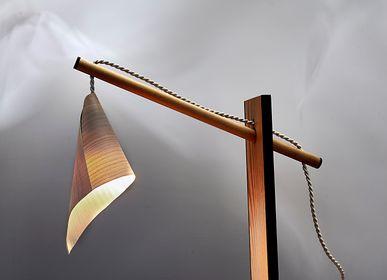 Lampes de bureau - lampe de nuit en bois  DRAPÉ 2 - VAN DEN HEEDE-FURNITURE-ART-DESIGN
