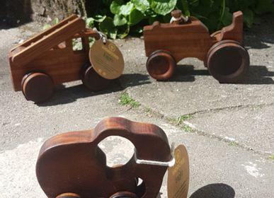 Toys - wooden toys on wheels - BAGHI FAIR LIFESTYLE