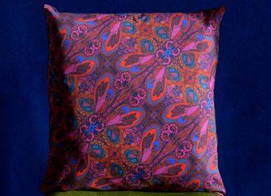 Fabric cushions - Suyay Cushion Cover - IMOGEN HOPE