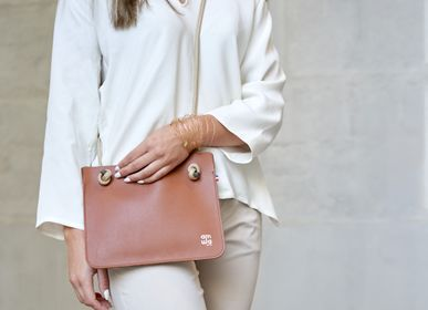 Bags and totes - ANNA LEATHER CLUTCH BAG  - AMWA AND CO