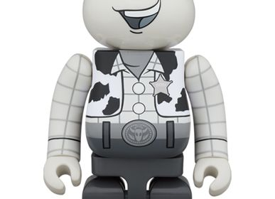 Sculptures, statuettes and miniatures - Bearbrick 1000% Toy Story - Woody Black & White - ARTOYZ