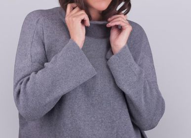 Apparel -  Cashmere Sweater  - SHEEP BY THE SEA