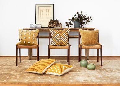 Fabric cushions - Linen Cushions - Gujarat - CHHATWAL & JONSSON