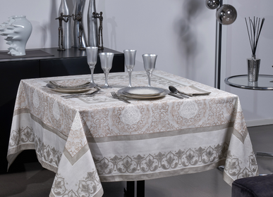Table linen - Palazzo Givre Tablecloth - BEAUVILLÉ