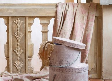 Decorative objects - Hat boxes and Room dividers - MATHILDE M.