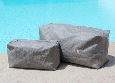 Travel accessories - Bath linen accessories - GIARDINO SEGRETO