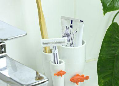Objets de décoration - Porte-brosse à dents Coral - Matériaux écologiques de la collection Ocean Bathroom. - QUALY DESIGN OFFICIAL