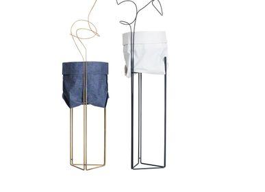Trolleys - LINHA Planter Pedestal and Cachepot  - FILIPE RAMOS DESIGN
