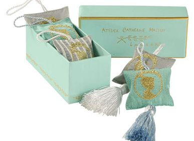 Gifts - Cameo Embroidered Cushions, Fragrance Diffusers - ATELIER CATHERINE MASSON