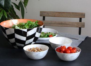 Platter and bowls - Pattern Shell Salad Bowl - ITHEMBA
