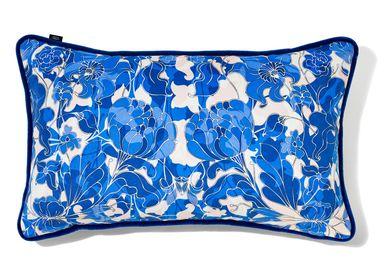 """Cushions - Small cushion """"AU JARDIN"""" blue - AMÉLIE CHOQUET"""