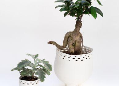 Design objects - LALY Hurricane vase biscuit porcelain H=15cm, D=13cm - YLVAYA DESIGN