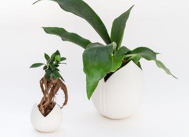 Objets design - Vase TULIPE en biscuit de porcelaine H=15,5cm, D=9cm - YLVAYA DESIGN