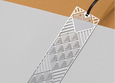 Stationery - Marque-page en métal - losange mat - TOUT SIMPLEMENT,