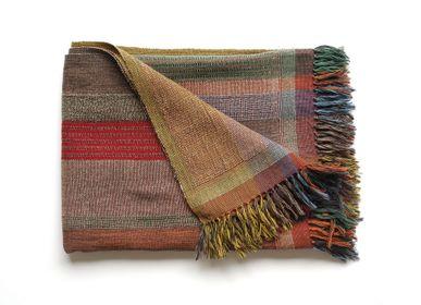 Throw blankets - Multi Stripe plaid green - ML FABRICS