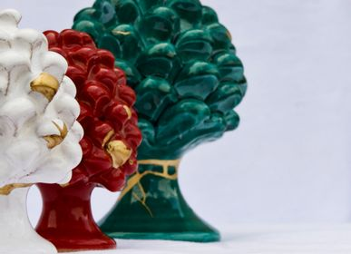 Decorative objects - CERAMIC AND GOLD PINE CONE - MAISON GALA