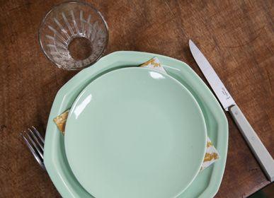 Assiettes au quotidien - La petite assiette en porcelaine verte - OGRE LA FABRIQUE