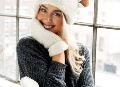 Apparel - Woolly adult mittens - SHEEP BY THE SEA