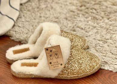 Autres décorations de Noël - Ça brille !!! les chaussons  paillettes et pure laine  - &ATELIER COSTÀ