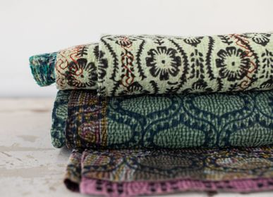 Other caperts - Kantha Sari blankets & cushions - VAN VERRE