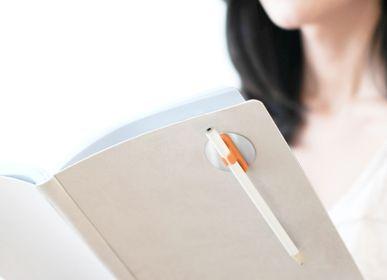 Gifts - QUI, magnetic pen & pencil holder Orange - OZIO