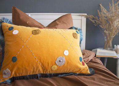 Cushions - FAIRY-TALE SHADOW - E-SHAPED
