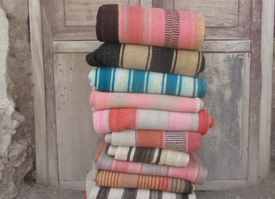 Fabric cushions - Frazada throws & cushions - VAN VERRE