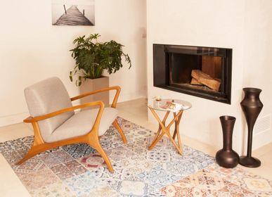 Serviettes de bain - Table basse Retro Modern Dina en bois massif Sungkai 100% naturel avec une finition mate naturelle et un plateau en verre trempé.  - EZEIS
