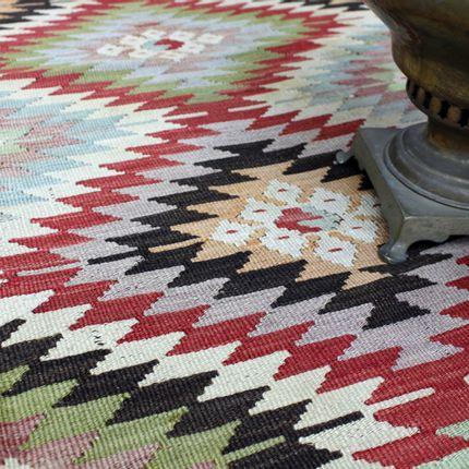 Benches - Anatolian Orientalist Rugs & Accessories - ÖZMELEK HALI KILIM