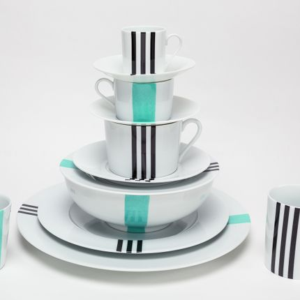 Formal plates - Black & Turquoise feather Limoge set - INES DE NICOLAY