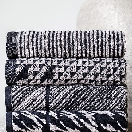 Bath towel - SCANDINAVIAN by Domingos De Sousa - HOME FROM PORTUGAL