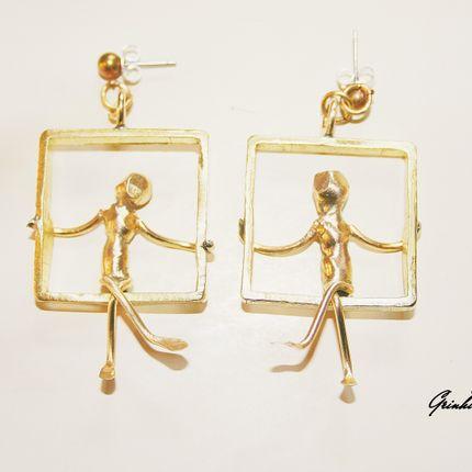 """Jewelry - Earrings """"Person on swing set""""  - SZENDY GRINHILDA"""
