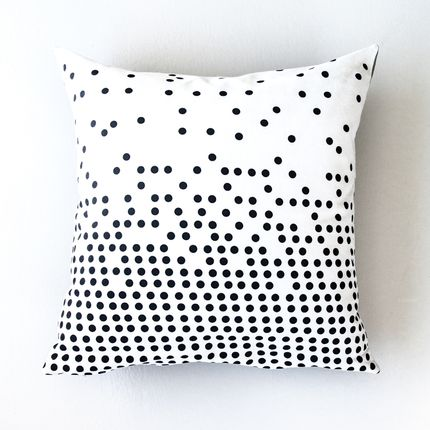 Chambres d'enfants - Dots Cushion  - IHANNA HOME