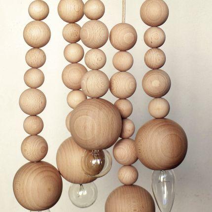 Table lamps - Chain of marbles, beech wood - UN ESPRIT EN PLUS