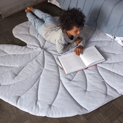 Design - LEAF QUILTS & RUGS - VIVIDGREY